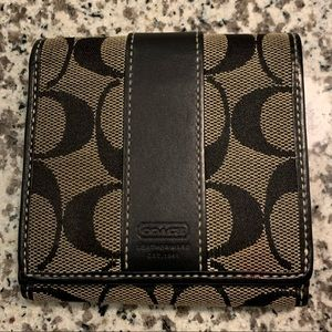 COACH - Small Snap Wallet - Black - Good Condition